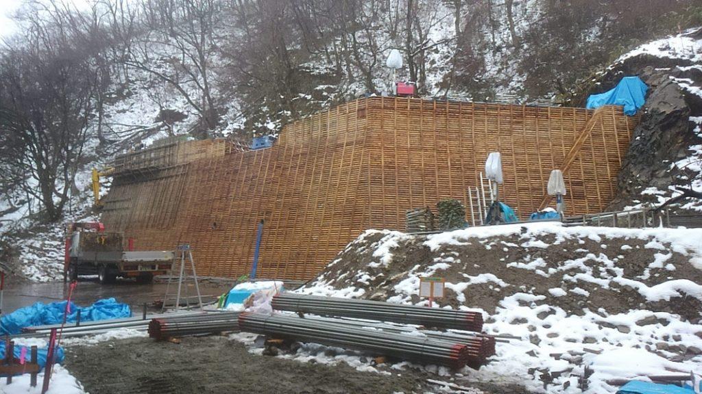 木製残存型枠 曲沢治山工事