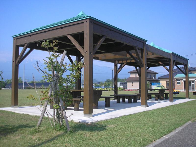 【四阿】遊佐町 東屋ベンチテーブル