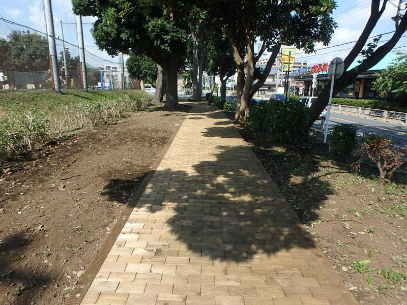 【インターウッド】東京都八王子市 富士森公園遊歩道