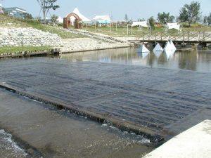 【水質浄化型木工沈床】 [間伐浄化用セラ炭使用] 山形県 最上河川砂防課