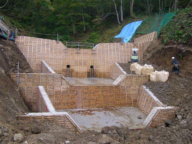 木製残存型枠パネル 置賜森林管理署 小倉沢治山