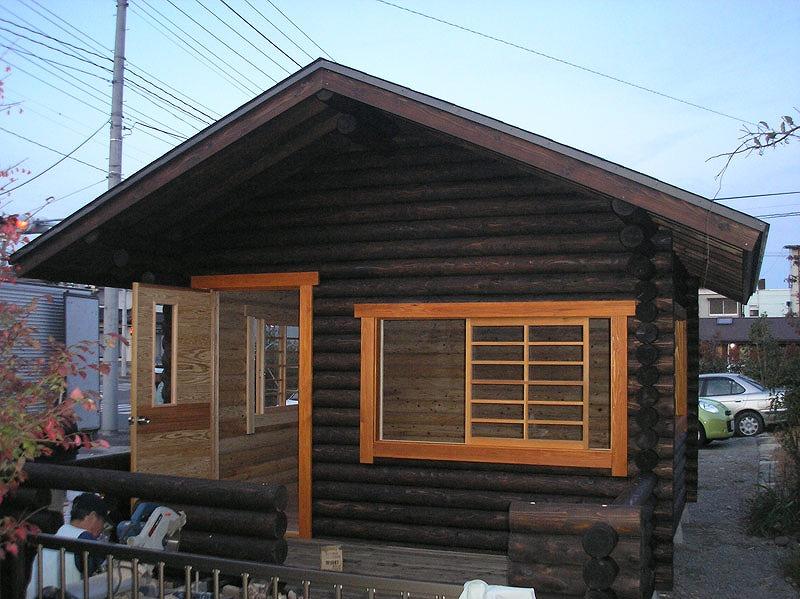 【ログハウス】 趣味の部屋とガーデニングハウス 相馬市 Y邸