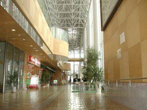 【木レンガ-ナラ材】 山形県JR新庄駅ゆめりあ
